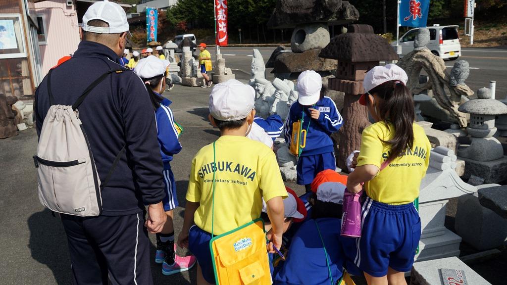 二本松市立渋川小学校の2学年生が安達展示場に見学に来てくれました。